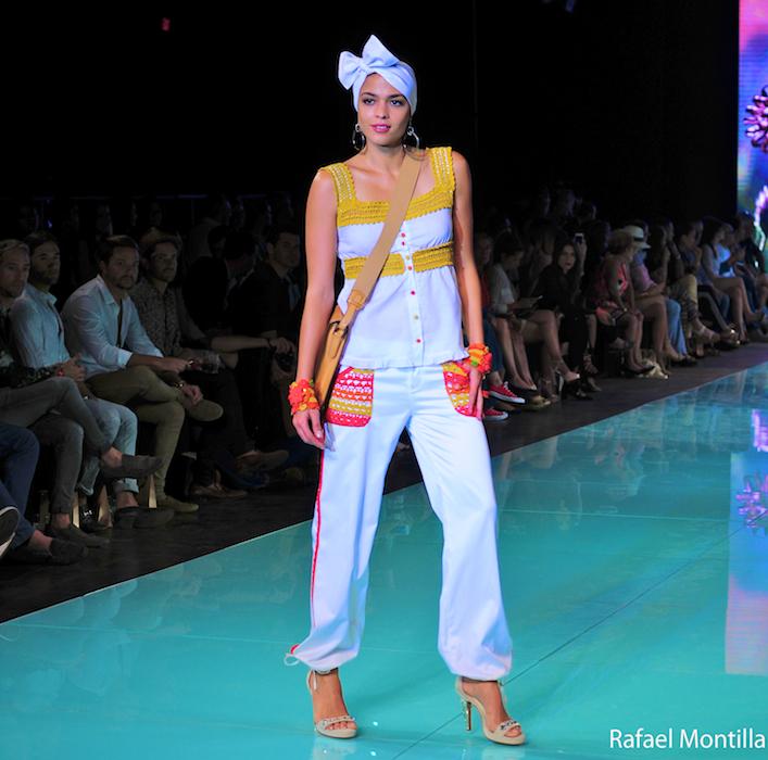 Claudia Bertolero Fashion Show Miami fashion week 2016 4