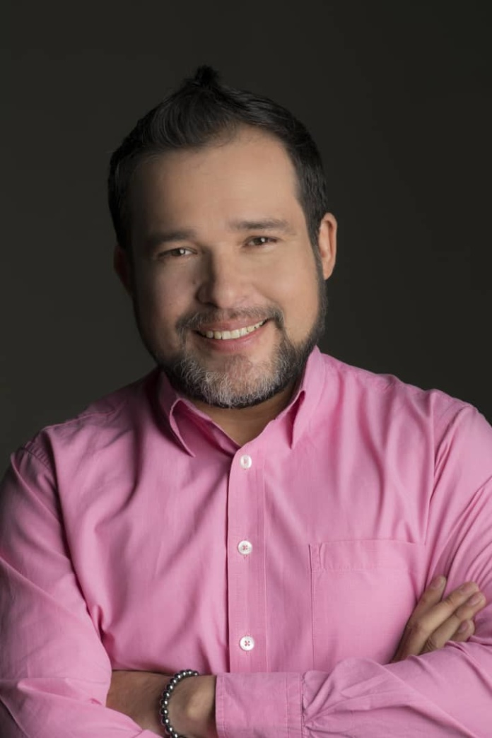 Humberto Montes autor del libro